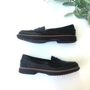 Clark's Black Leather Loafer